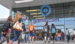 gamescom 2015 logo entrance