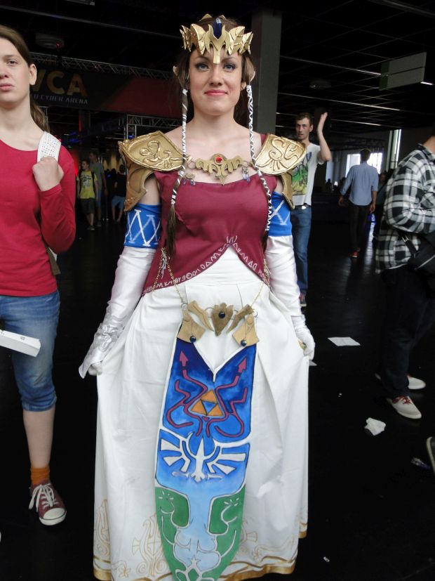 Nintendo Preview Gamescom 2015 Screen cosplay 3