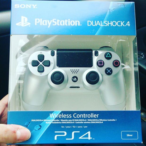 Un petit cadeau bien sympathique pour clôturer l'année PlayStation en beauté! Merci ABCommunication!