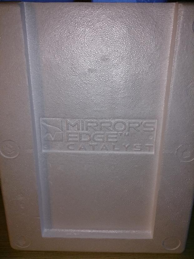 mirror's edge catalyst collector's edition boitier et goodies photo (11)