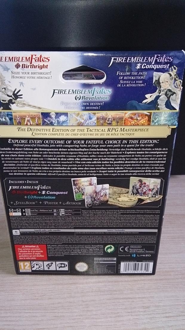 Fire Emblem Fates Collector Unboxing Photo (2)