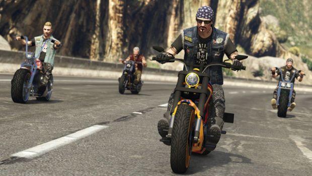 rockstar-gta-online-moto-4