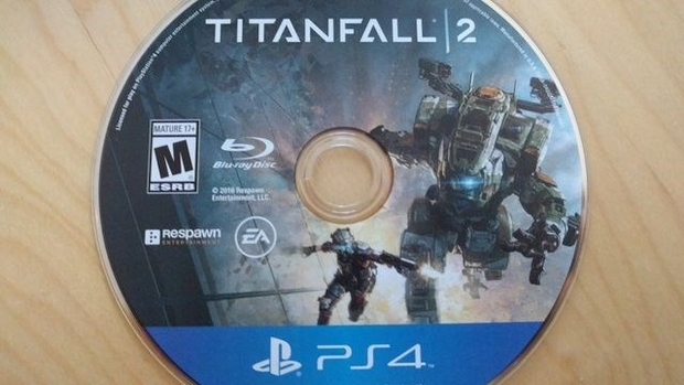 titanfall-2-blue-disc-ps4
