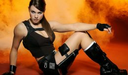 tomb-raider-cosplay-alison-carroll