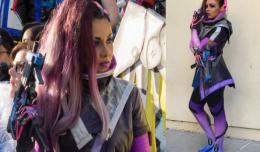 sombra-cosplay-blizzcon-soni-aralynn-sexy-overwatch-logo