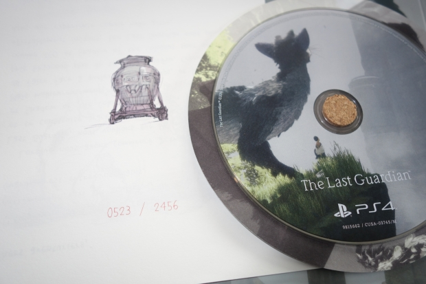 the-last-guardian-presskit-collector-unboxing-screen-9